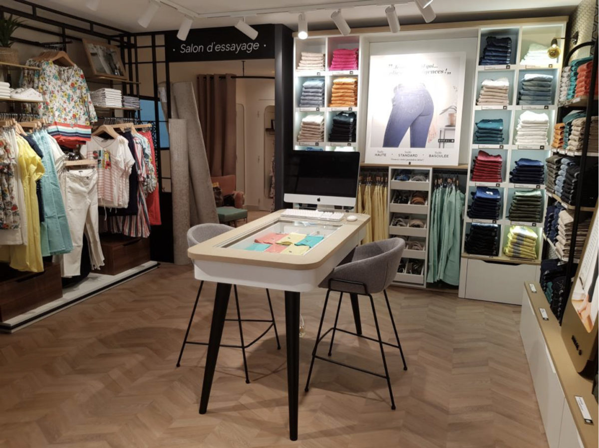 agencement de magasin de prêt-à-porter, agencement de boutique de mode